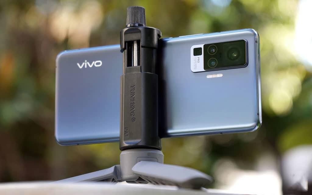 vivo x50 gimbal camera for Christmax photos