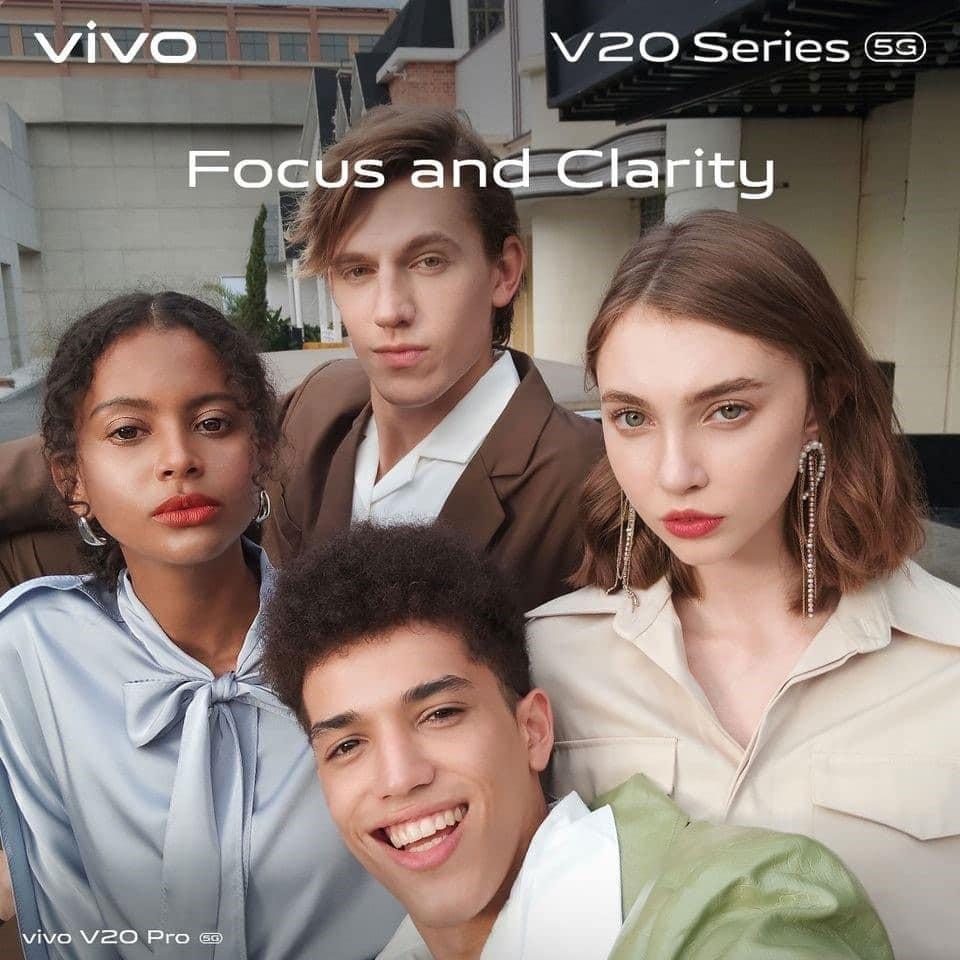 vivo V20 for professional selfie